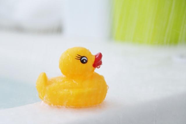 お風呂で遊べる玩具、アヒル
